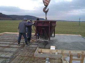 vylievanie betonu na strop