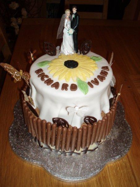 Ivana Drahovska{{_AND_}}Richard Hawkins - torta ktory sme urobili s babkou noc pred svadbou
