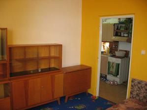 nastěhovaný nábytek...