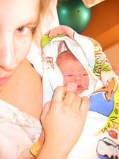 40 min po porode, 12.12.20053800g, 50cm