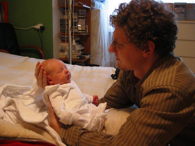 Katka{{_AND_}}Bob - 4 dni, prichod z porodnice