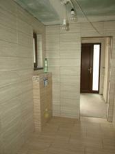 Dolná kúpeľňa zašpárovaná 2
