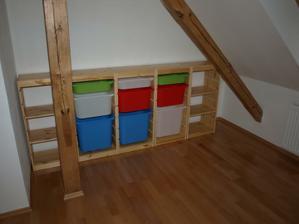 Aby bolo kam dat hracky v detskej izbe