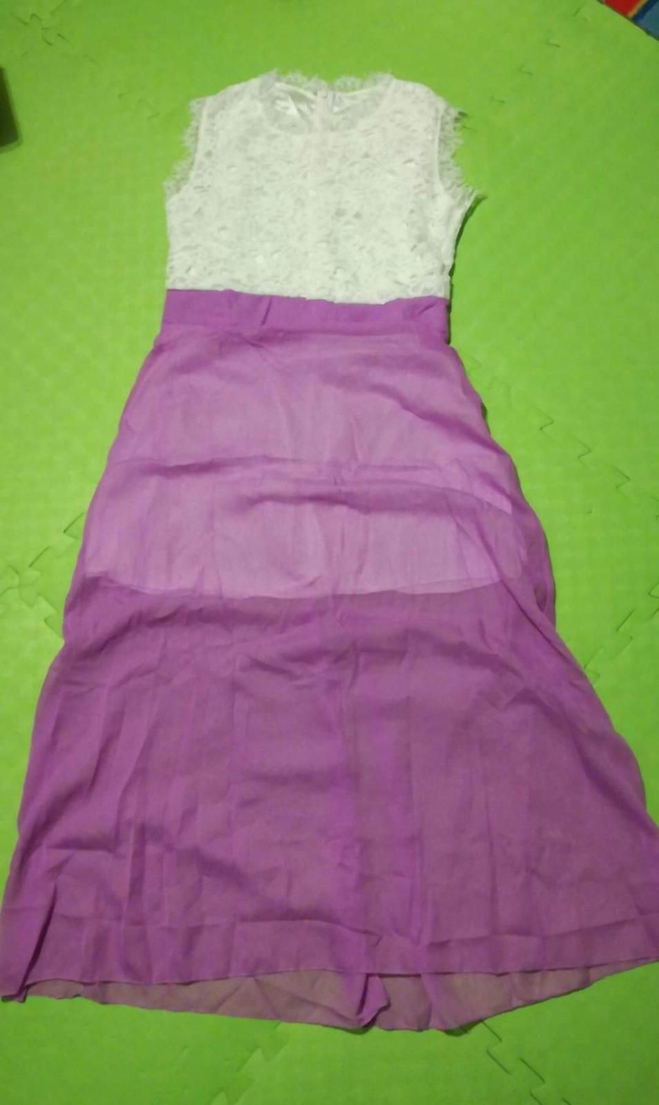 Cipkovane cyklamenové šaty M - Obrázok č. 1