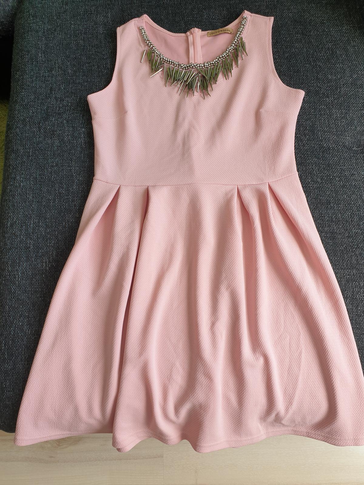 Ružové šaty s náhrdelníkom M - Obrázok č. 1
