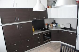 Kuchyna hotova a zariadena