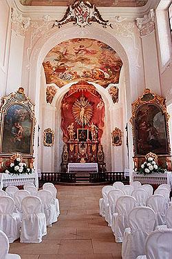 Místa pro svatbu - Zámek Jemniště - kaple sv. Josefa