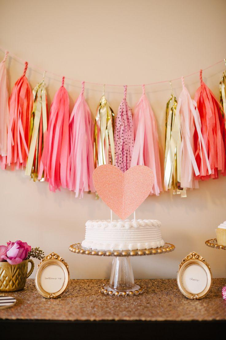 Svadba nemusí byť drahá - počíta sa nápad! :) - Na toto môžete použit organzu, tyl ale aj klasicky krepák :)