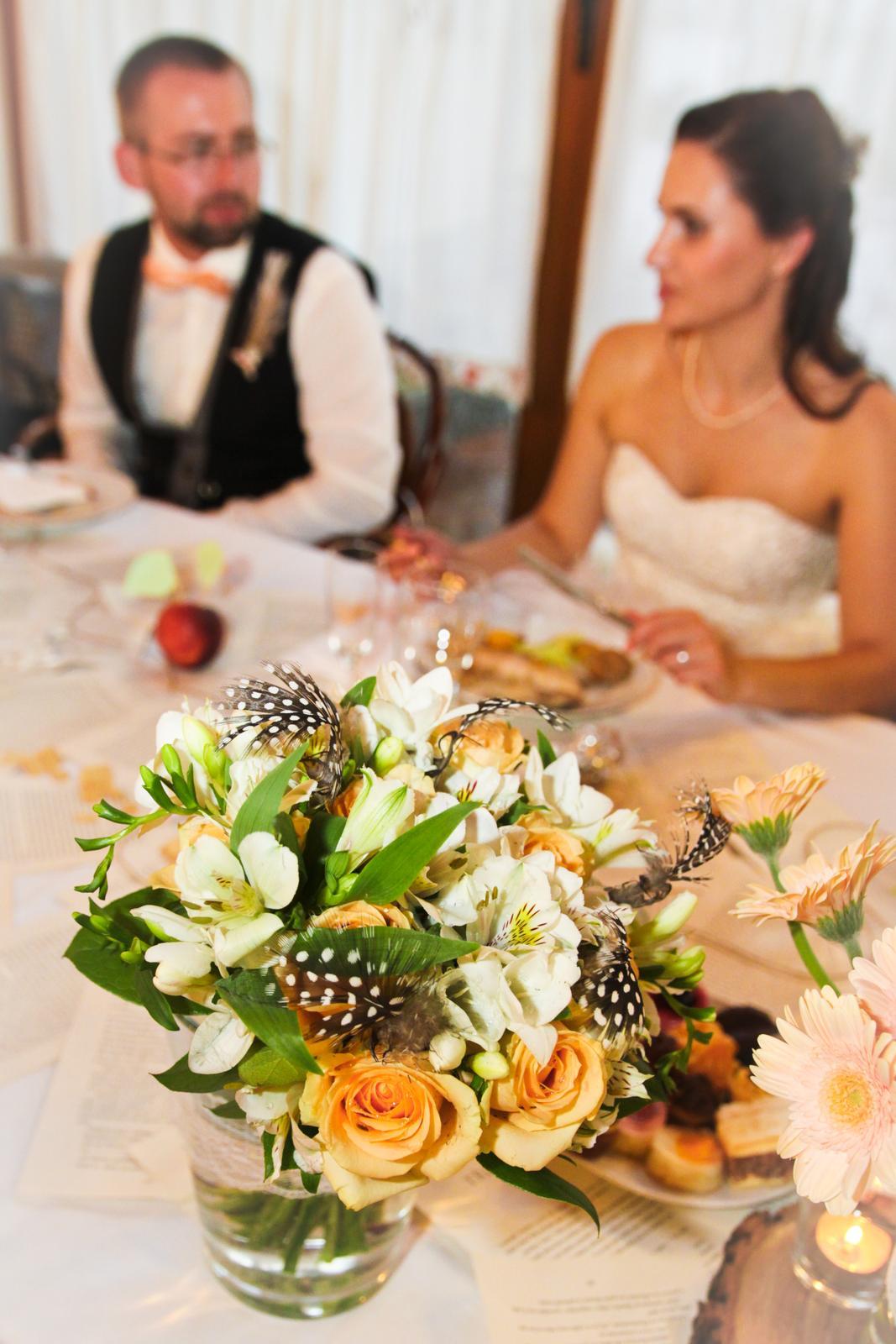 Nikol{{_AND_}}Ľudko - svadobnú kyticu mal v réžii môj svedok Tomáš, dostala som ju do daru :) bola nádherná! :)