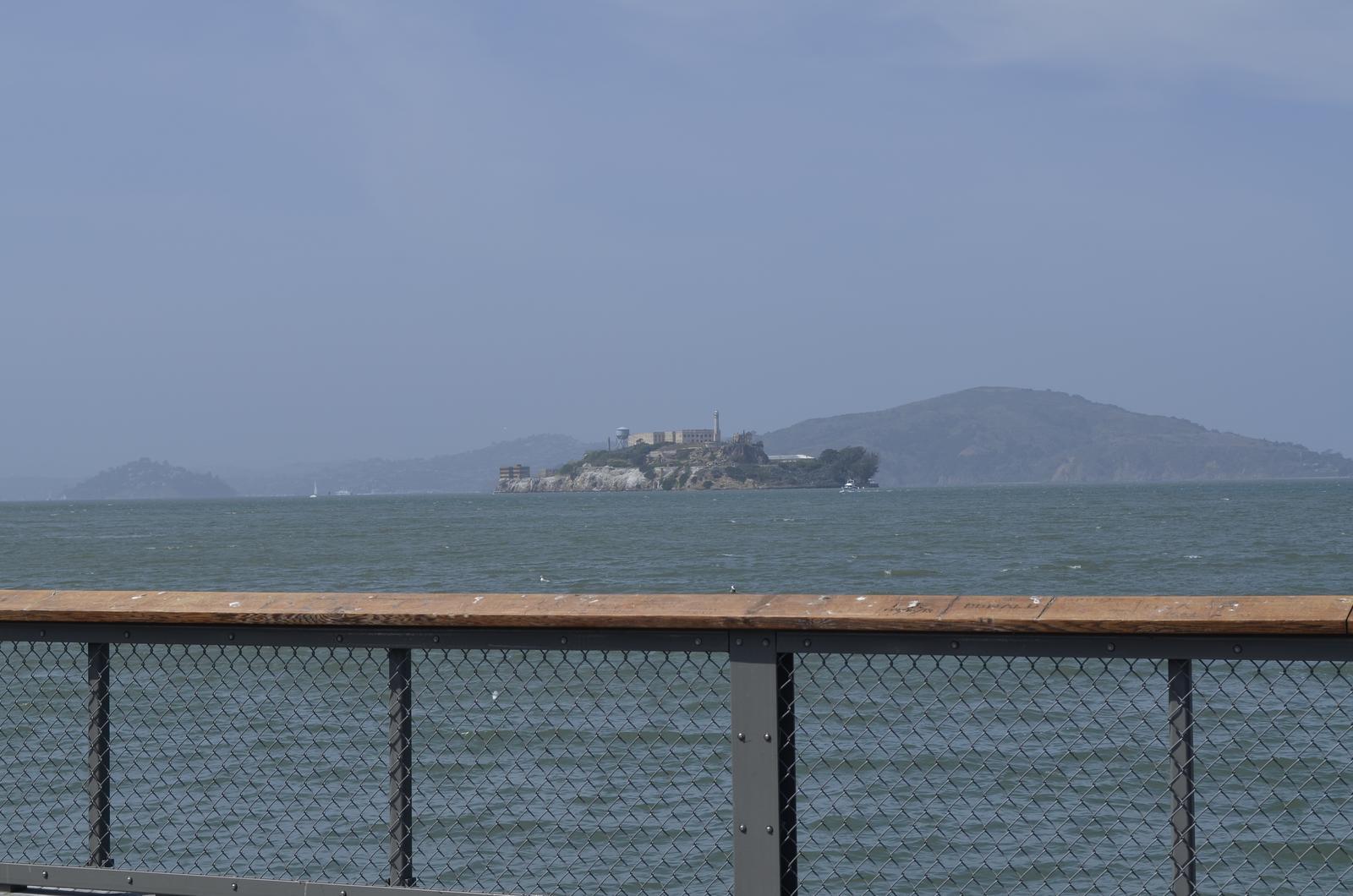 """""""If you can dream it, you can do it."""" - Alcatraz sme videli iba z diaľky, i keď sa vraj oplatí ísť sa tam pozrieť aj priamo, my sme sa tam nedostali, nedalo sa stihnúť úplne všetko žiaľ :("""