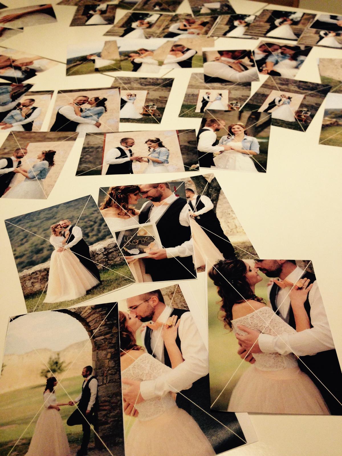 Dnesny vecer sme venovali s drahym vyberu nasich krasnych a mojich vysnivanych svadobnych fotiek! ❤️❤️ Mam ich vytlacene iba provizorne, aby sa mi lepsie vyberalo no uz teraz mam slzy v ociach pri niektorych zaberoch, ked budu vytlacene na final, tak sa asi seriozne rozplacem od stastia ❤️❤️❤️😌 - Obrázok č. 1