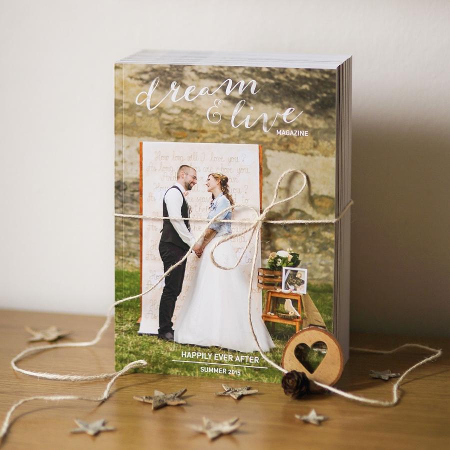 tie najkrajšie darčeky pre rodičov! <3 Naše svadobné fotky v podobe krásneho voňavého časopisu!  <3 Všetky fotoknihy sa môžu skryť, toto neprekoná nič! :-) <3 - Obrázok č. 1