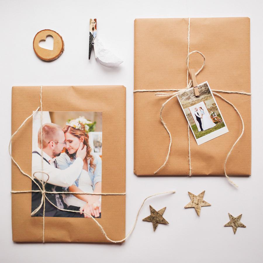 tie najkrajšie darčeky pre rodičov! <3 Naše svadobné fotky v podobe krásneho voňavého časopisu!  <3 Všetky fotoknihy sa môžu skryť, toto neprekoná nič! :-) <3 - Obrázok č. 3