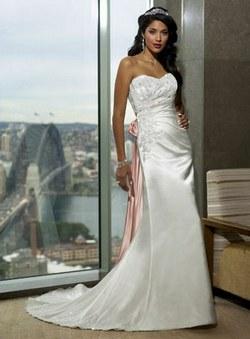 Nasa svadba - Ked sa raz moja sestra bude vydavat, vybrala som jej saty. :)