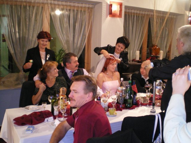 Dana{{_AND_}}Dušan - O rok v maji 2008 bude dalsia svadba. :)