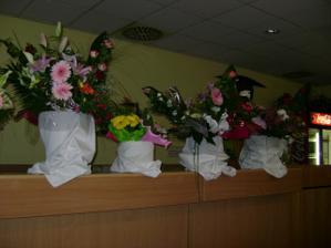 Toľko veľa kvetiniek sme dostali.