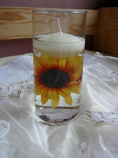 7. juna 2008 - dekoracie domov na stol, len s orchideami