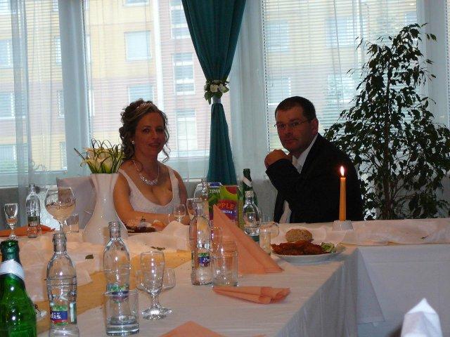 Henika{{_AND_}}Mirko - za vrch stolom:)
