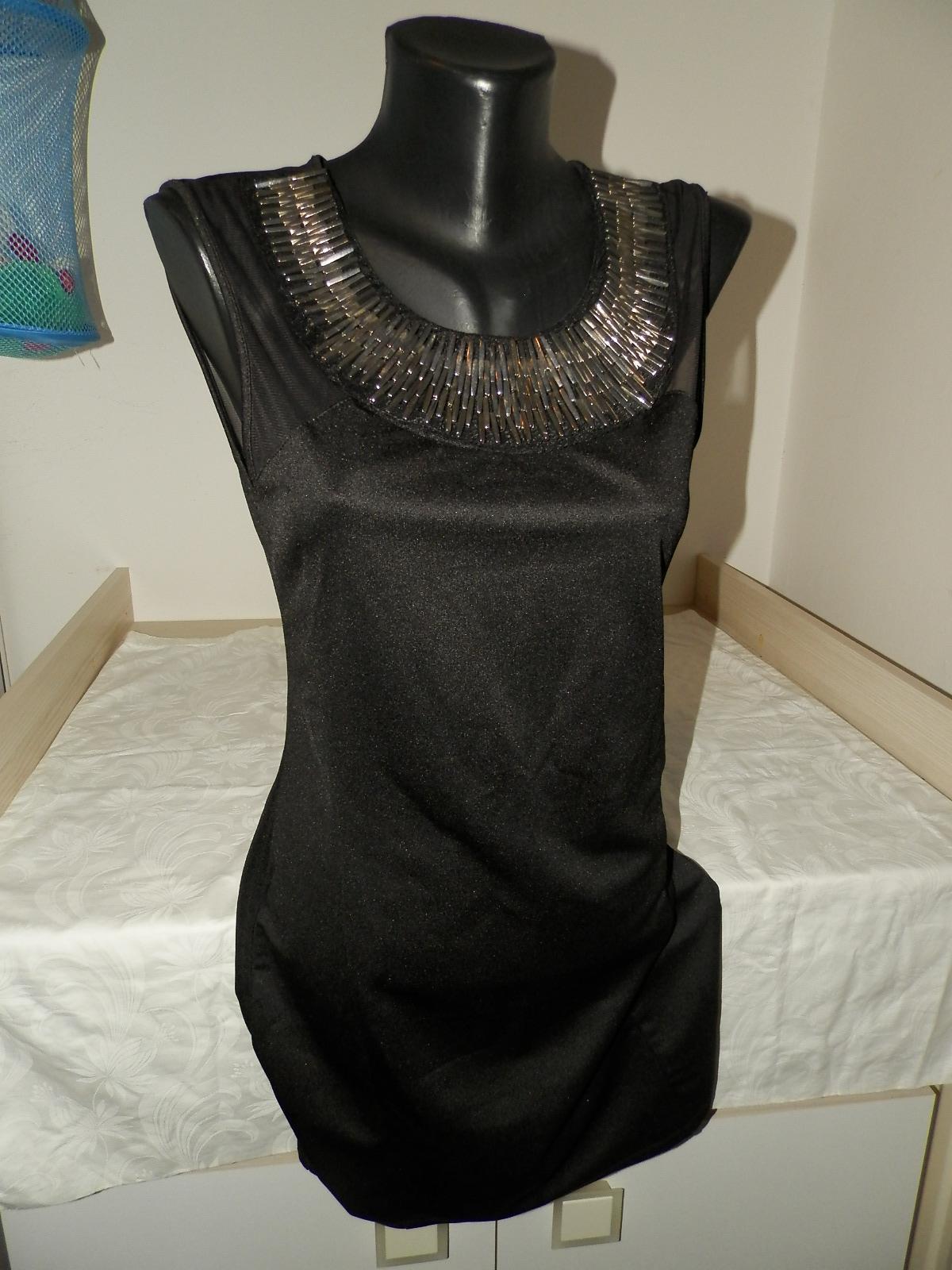 Príležitostné nenosené šaty so všitou aplikáciou - Obrázok č. 2