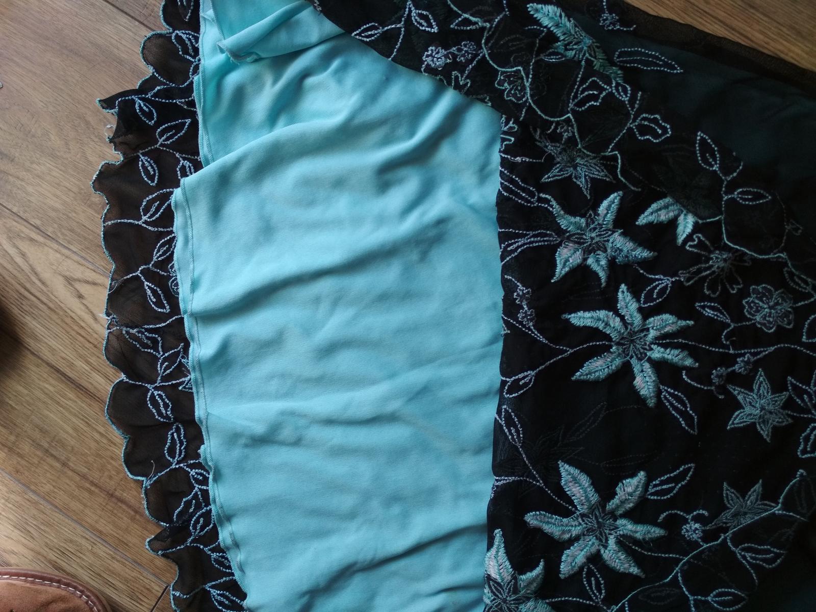 Šaty veľkosť 34 - Obrázok č. 2