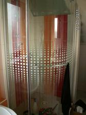 sprcháč, tam chybí ještě zasilikonovat spodek a je hotový