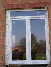 """""""balkonový"""" dveře nám o 10 cm zmenšili, ale nevadí, obezdíme to a budou jako na míru ;-)"""