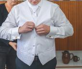 Svadobná vesta , 52