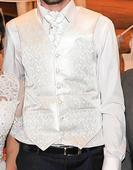 svadobná vesta s kravatou , 36