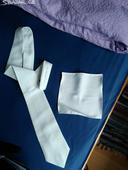 Svatební kravata a kapesníček,