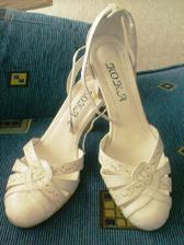 moje botky...sehnala jsem je za babku:-)