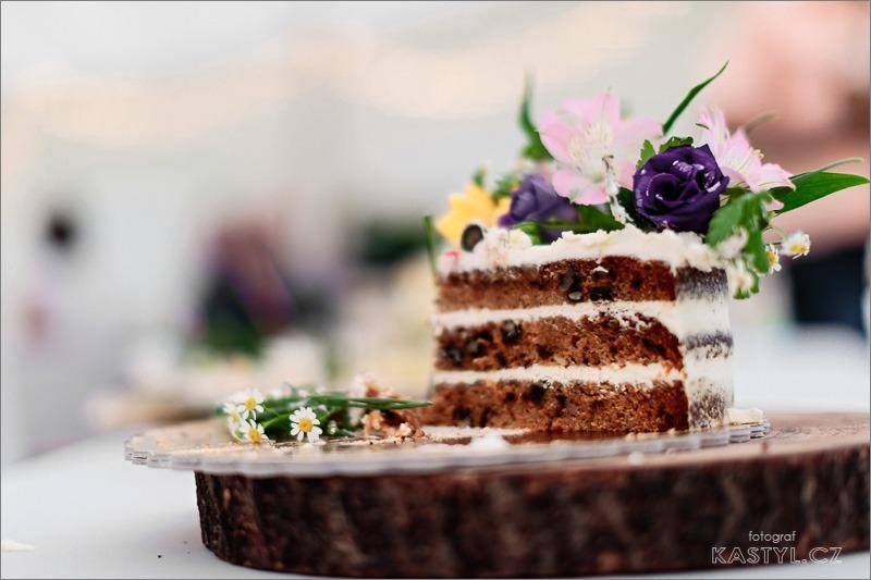 Ta nejpohodovější párty našeho života - Mrkvový dort uvnitř 🤤