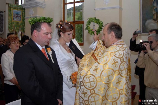 Boženka{{_AND_}}Milan - Svadba sa konala v grécko - katolickom kostole.
