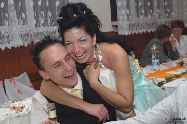 Boženka{{_AND_}}Milan - Sestra Maruška s priateľom Tomášom.