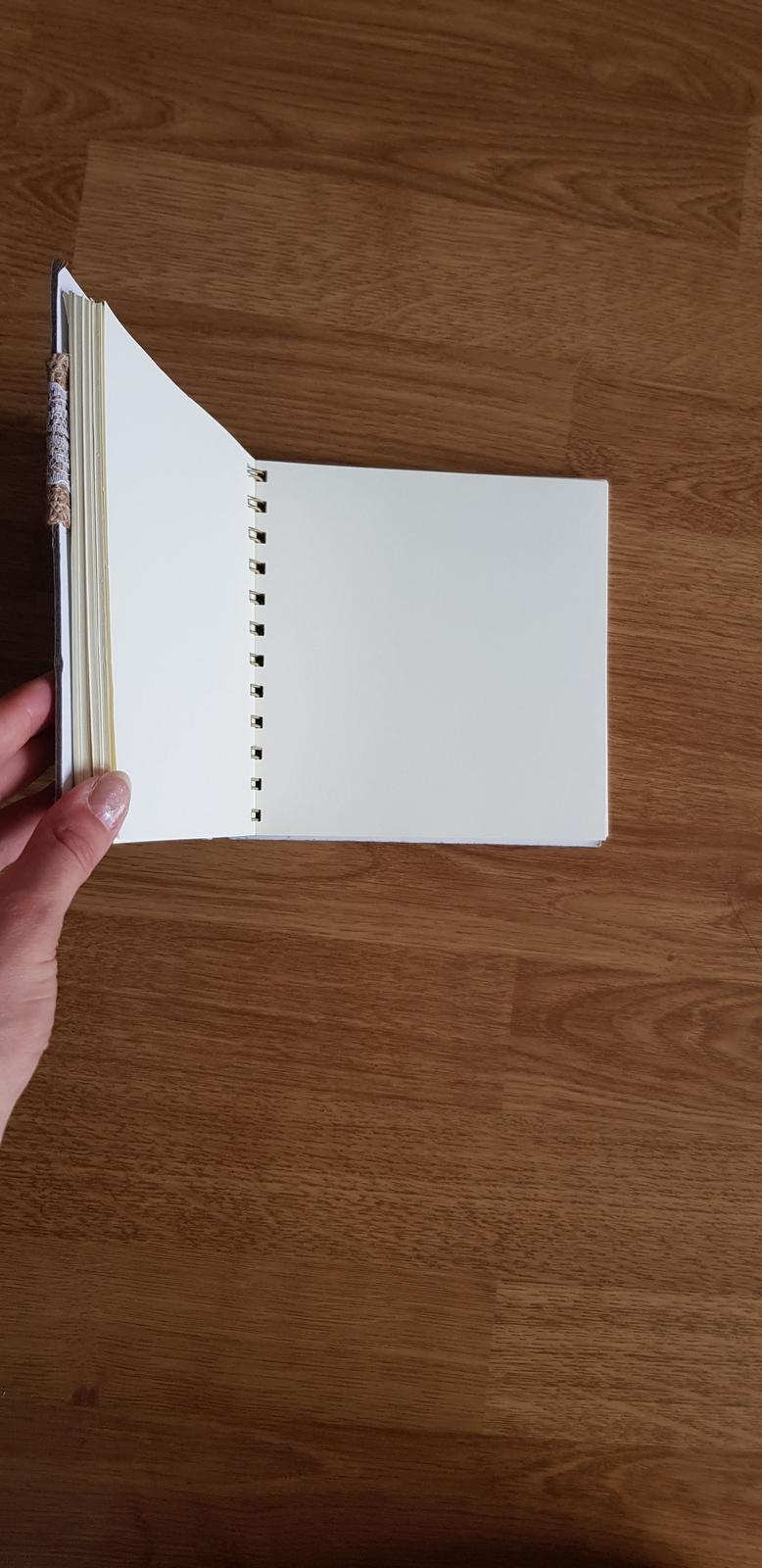 Svadobná kniha hostí- nepoužitá - Obrázok č. 2
