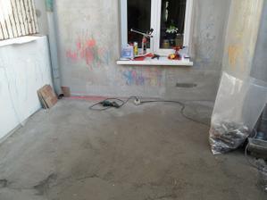 bordel uklizenej ať může vysychat beton