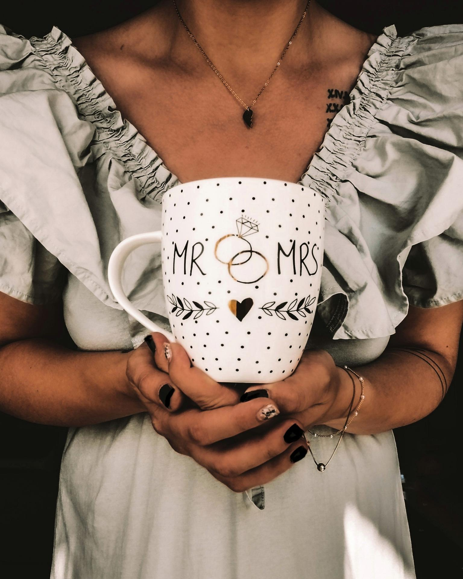 Malá svatební inspirace ❤️ Tento hrníček jsem koupila v Nanu nana za 150kc. Je nádherný 😍 a kafe z něj chutná skvěle 🙏 - Obrázek č. 1