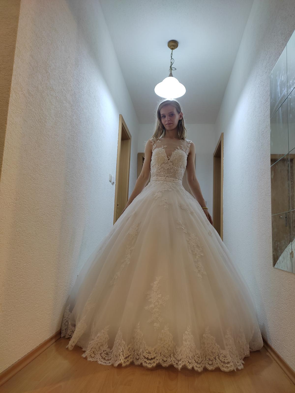 svadobné šaty s doplnkami veľkosť 34 - Obrázok č. 1