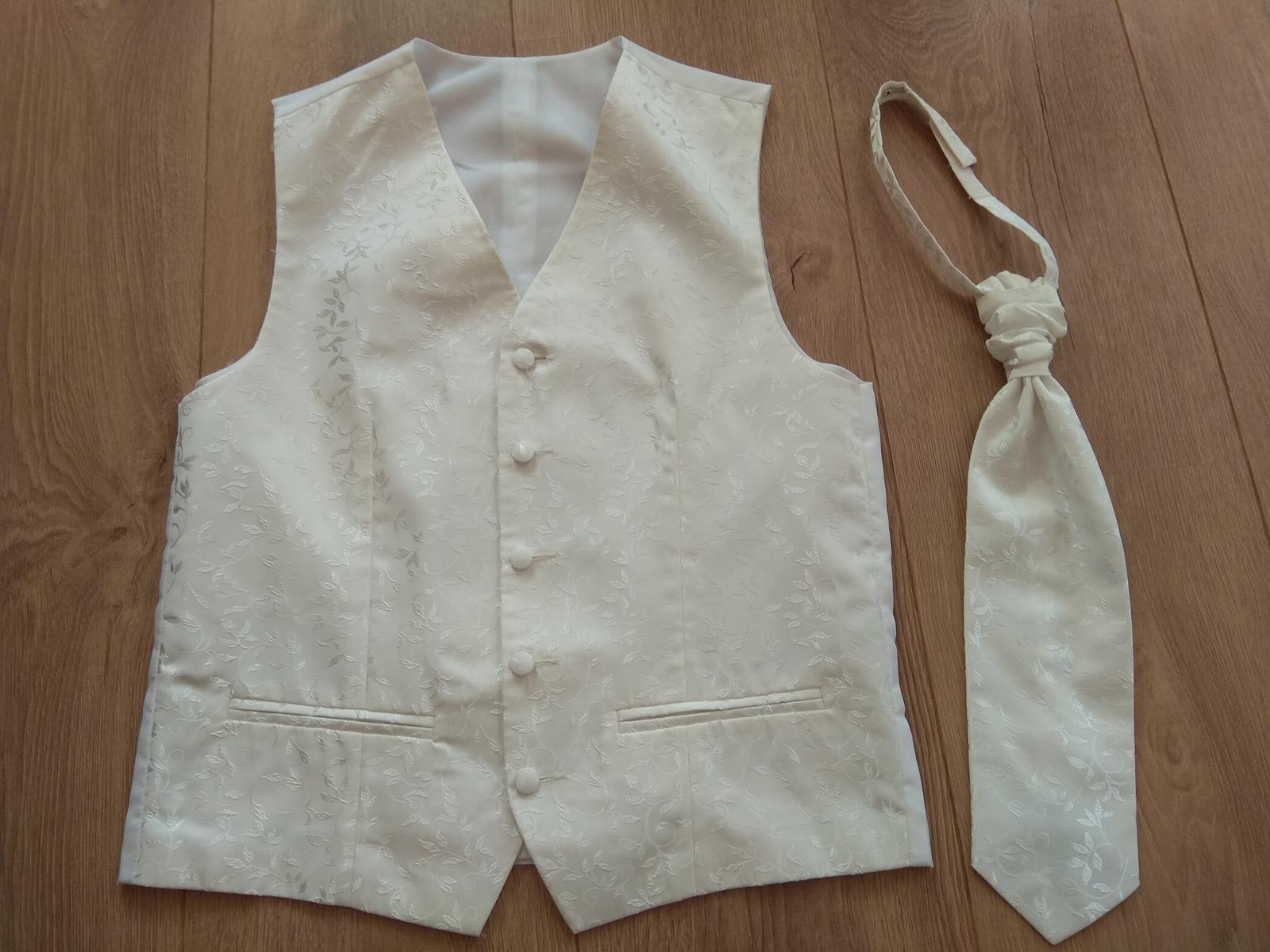 Svadobna vesta s kravatou  - Obrázok č. 1