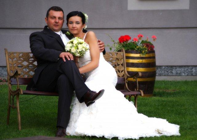 Magdalena Ferjencikova{{_AND_}}Norbert Sata - v hoetlovej zahrade...