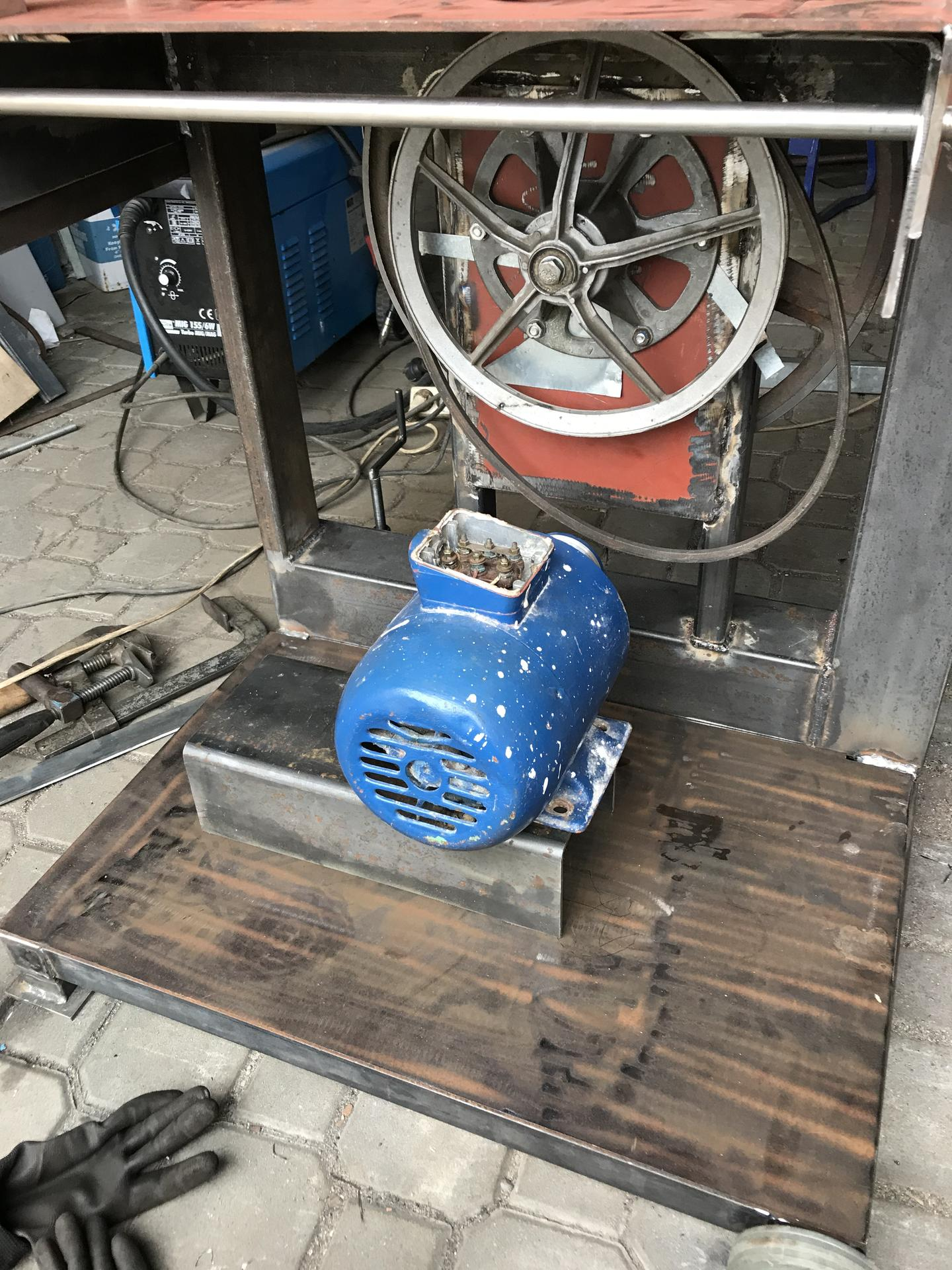 Výroba pásové pily na Ytong - Obrázek č. 14