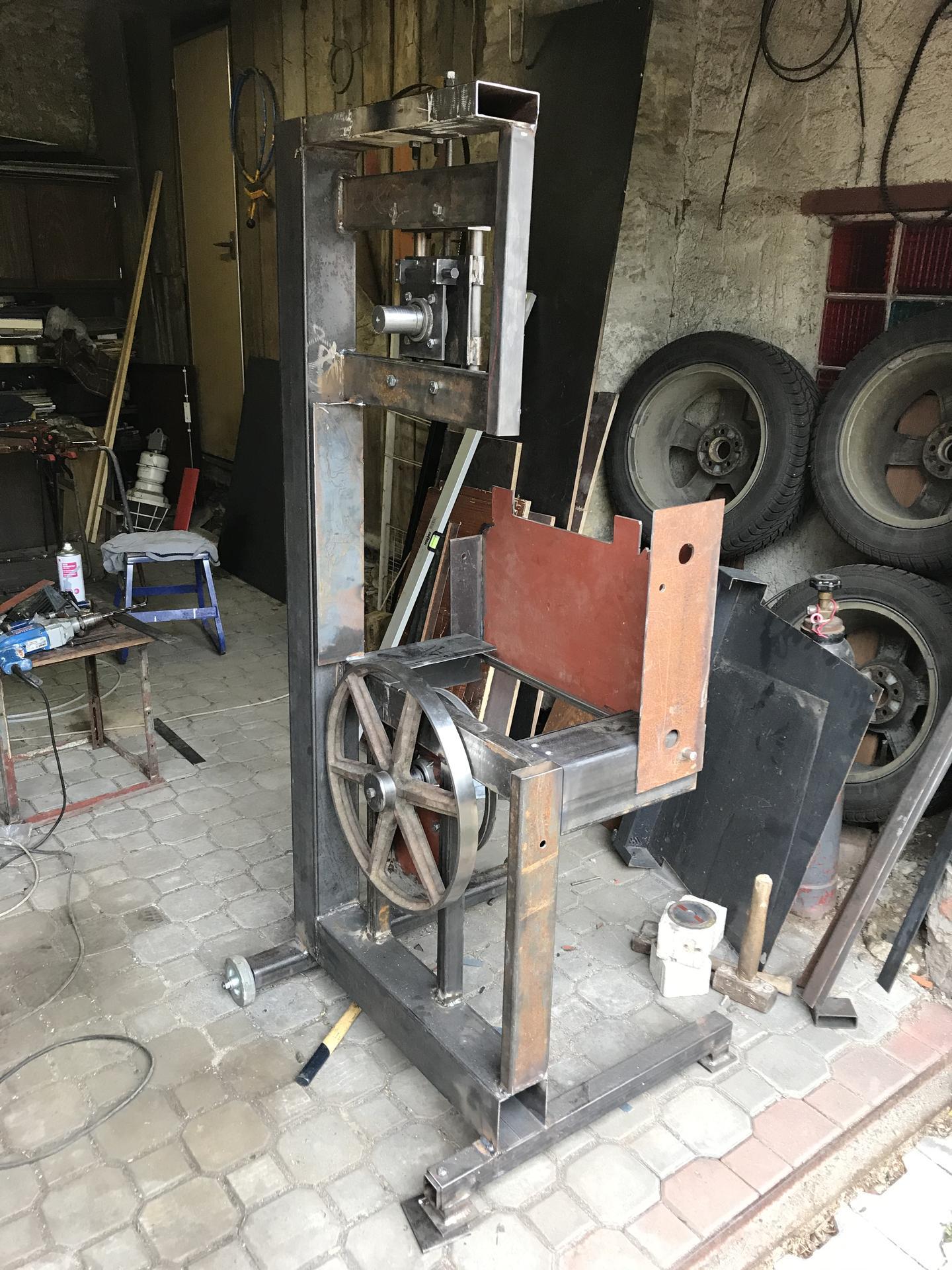 Výroba pásové pily na Ytong - Obrázek č. 9