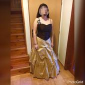 Princeznovské korzetové šaty , 44