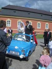 Svatební dar od hokejového týmu, to bylo překvapení! Pojedeme světit kostel do Švýcar