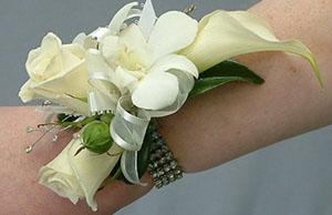 Přípravy 11.6.2011:)))) - Toto družičky jen s fialovou orchideií