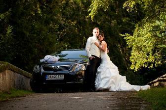 naše svadobne autičko