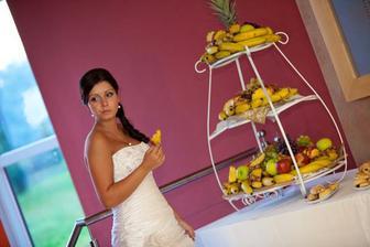 že mňam ananás..