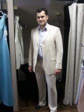 Oblek nakonec koupíme