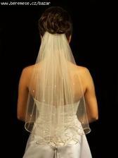 tenhle chci, ten a žádný jiný :-), no a zpátky na zem - do svatby ho ještě 20x vyměním za jiný