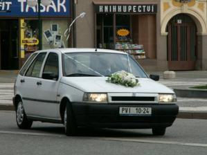 už jede nevěsta :-)