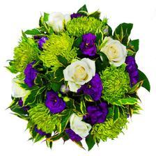svatba bude ladena do fialove a svestkove fialove a svetle zelene